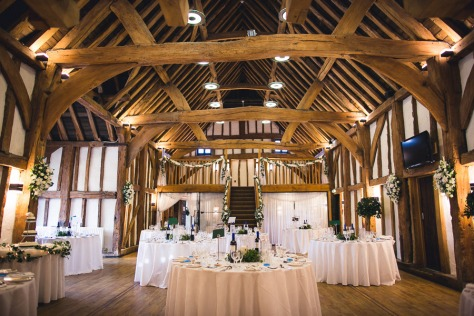 Tudor_Barn_Buckinghamshire_wedding_003